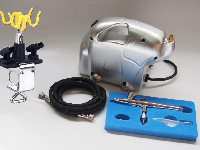 Baby Panda Compressor & AB-135A Gravity Feed Airbrush Kit-0